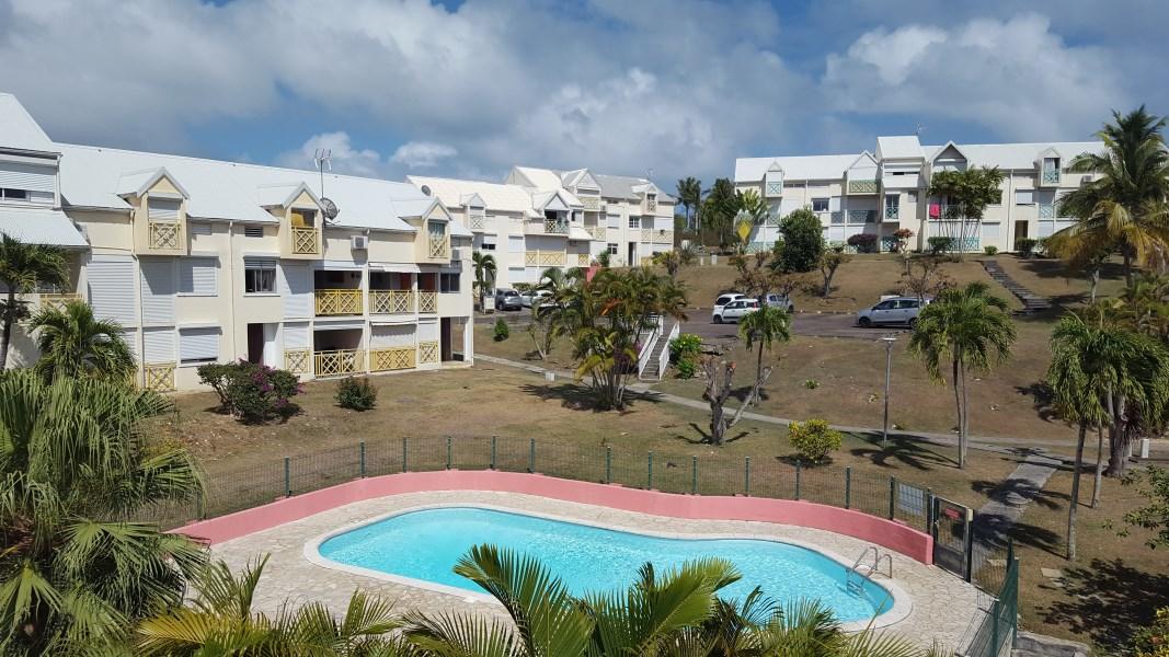 RE/MAX real estate, Guadeloupe, Saint-Félix, Duplex 4 pièces proximité mer