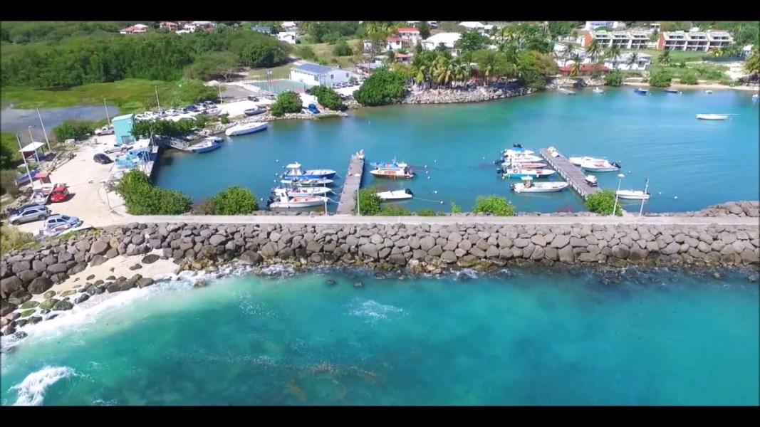 RE/MAX real estate, Guadeloupe, Le Gosier, Duplex  Meublé 4/5 pièces Proximité Mer