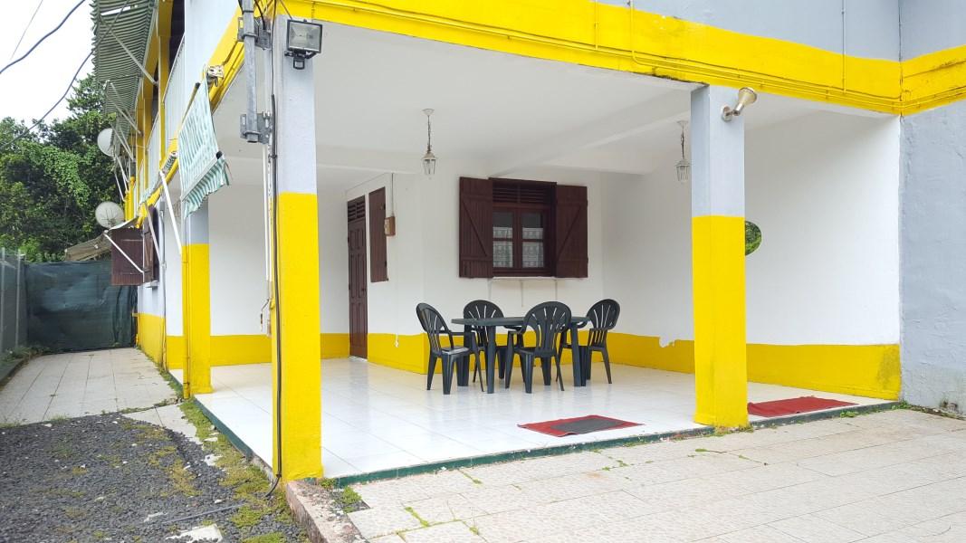 RE/MAX real estate, Guadeloupe, Les Abymes, Charmant bas de villa aux Abymes