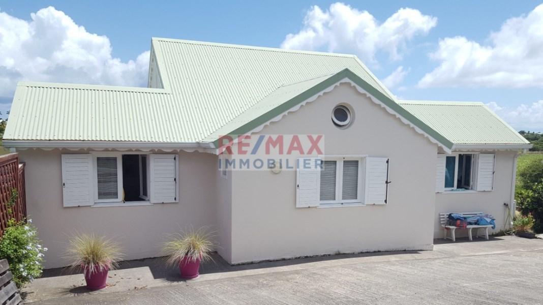 RE/MAX real estate, Guadeloupe, Saint-François, Villa 4 pièces  de charme à Saint-François