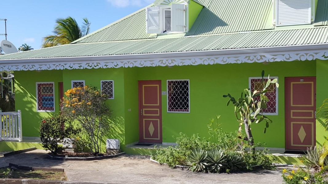 RE/MAX real estate, Guadeloupe, Saint-François, Joli Triplex à proximité du Golf de Saint François