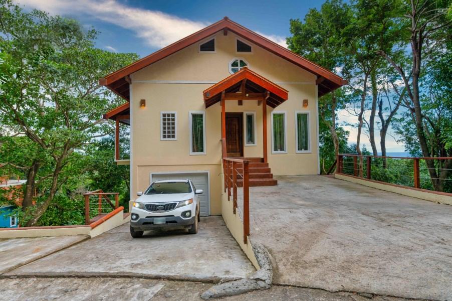 Remax real estate, Honduras, Roatan, Tamarind DriveCasa Kohunlich