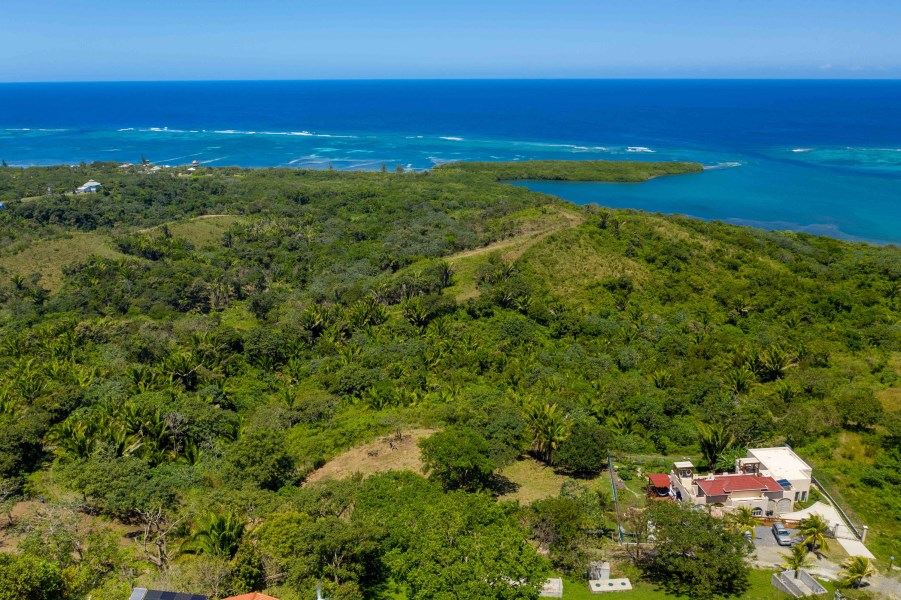 Remax real estate, Honduras, Roatan, 1.13 Acre estate Lot