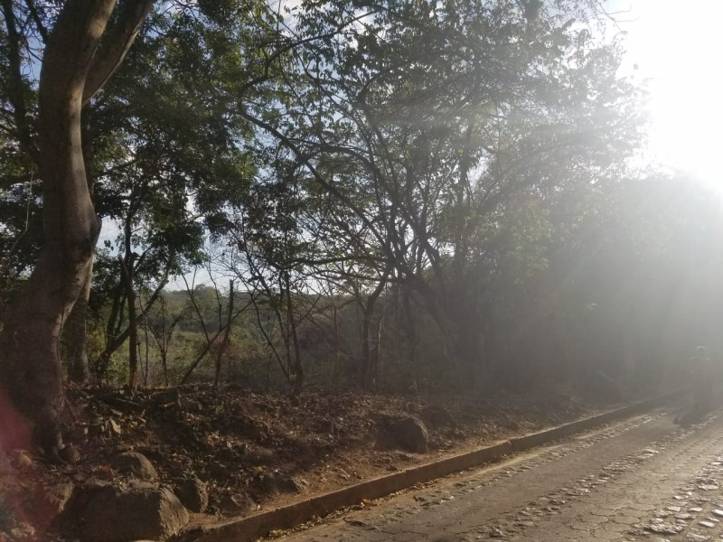Remax real estate, El Salvador, Suchitoto, land  for sale - road to Suchitlan Lake