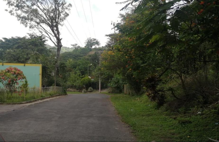 RE/MAX real estate, El Salvador, Zaragoza, Amplio terreno en Parque Residencial Cumbres de Zaragoza, La Libertad