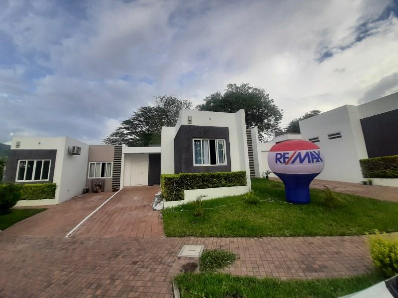 Remax real estate, El Salvador, Nejapa, Amplia vivienda en Quintas San Antonio, Clúster 2, Nejapa