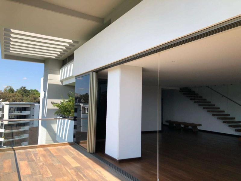 Remax real estate, Guatemala, Guatemala City, Spectacular Modern Apartment for Sale