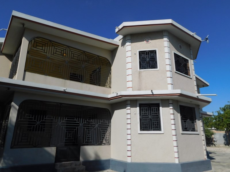 RE/MAX real estate, Haiti, Port-au-Prince - Tabarre, Commercial or Residential Purpose! This is A Good One!