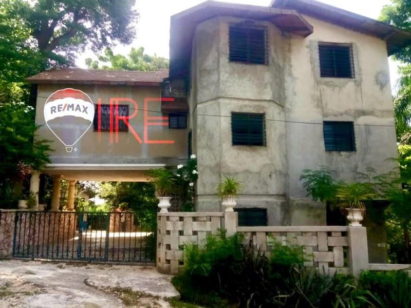 RE/MAX real estate, Haiti, Port-au-Prince - Petionville, 8-bedroom/8-bath home in well established secure community in Garnier, Bourdon, HT