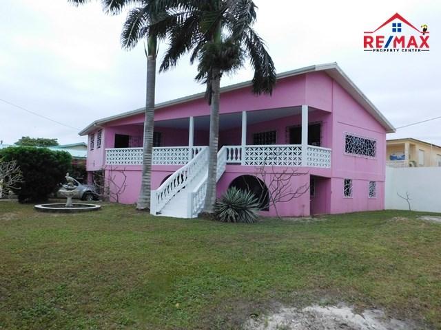 RE/MAX real estate, Belize, Dangriga Town, (2020) - A 4 BEDROOM BEACHFRONT HOUSE IN DANGRIGA, STANN CREEK DISTRICT.