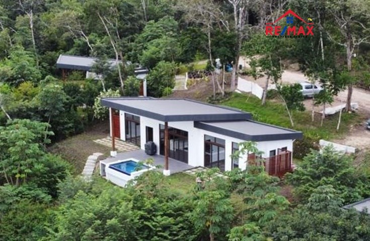 RE/MAX real estate, Belize, Chial, #2035 – 2 BEDROOM HOUSES WITH A VIEW IN A TROPICAL RAINFOREST LOCATION CLOSE TO SAN IGNACIO.