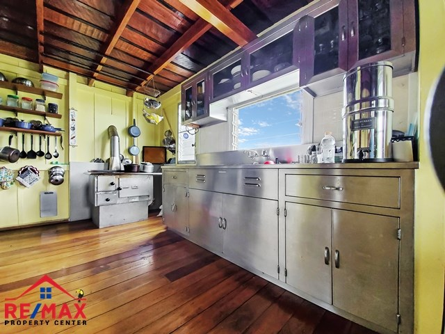 RE/MAX real estate, Belize, San Ignacio, # 4030 - 20 ACRE BELIZE HOMESTEAD in CAYO COUNTRYSIDE – PERFECT FOR FAMILIES