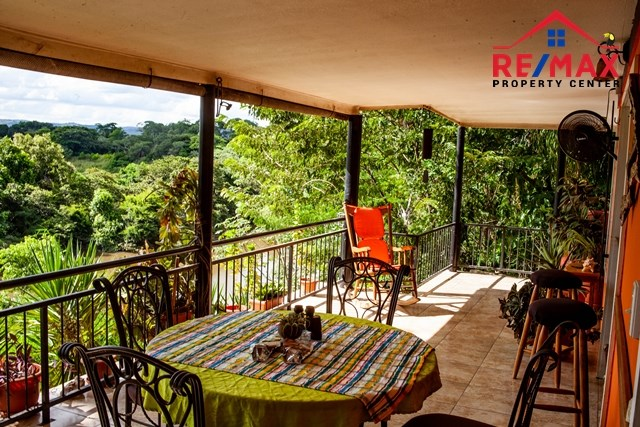 RE/MAX real estate, Belize, Santa Elena, # 4032 - Macal River Tropical Oasis - Investment Property with Main House and Cabanas - Cayo District, Belize