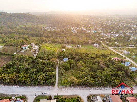 RE/MAX real estate, Belize, San Ignacio, Large, Residential Double Lot with All Utilities and close to downtown San Ignacio