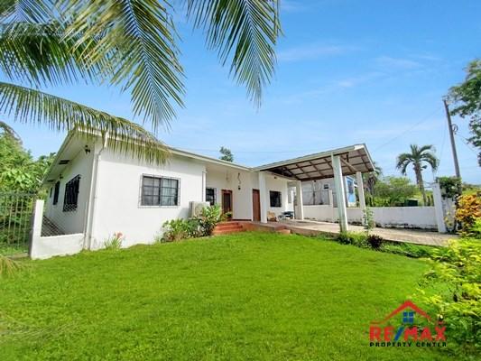 RE/MAX real estate, Belize, San Ignacio, Hilltop 3 Bedroom Modern Home on Double Lot near the heart of San Ignacio Town