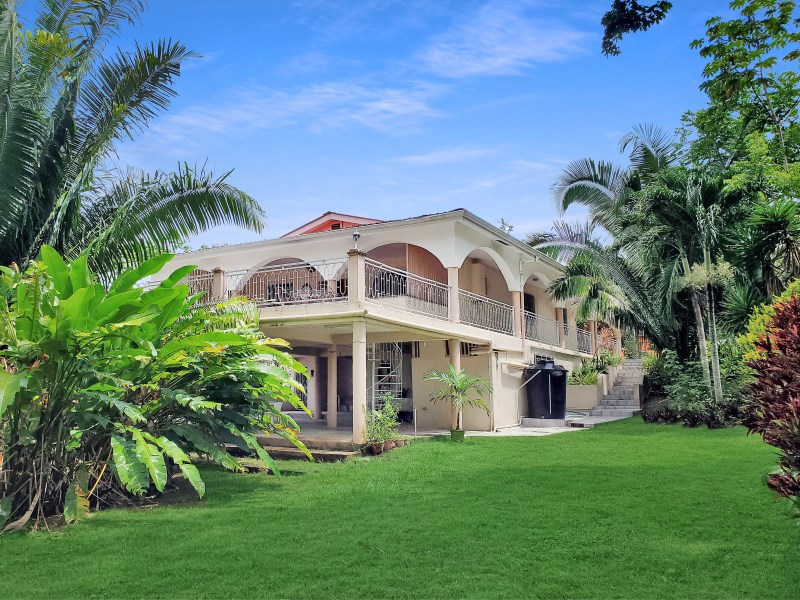RE/MAX real estate, Belize, San Ignacio, #4054 - Tropical Two Bedroom Home with Large Deck - San Ignacio Town, Cayo District, Belize