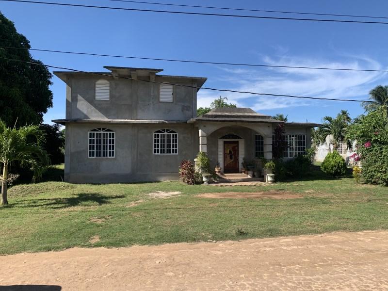 RE/MAX real estate, Belize, Xaibe, 2 Storey Fixer Upper Residential in Xaibe Village, Corozal
