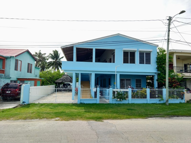 RE/MAX real estate, Belize, Corozal Town, AWESOME 6 BEDS/6 BATH 2 STORY HOME WITH A BED & BREAKFAST - AMAZING SEA VIEW!