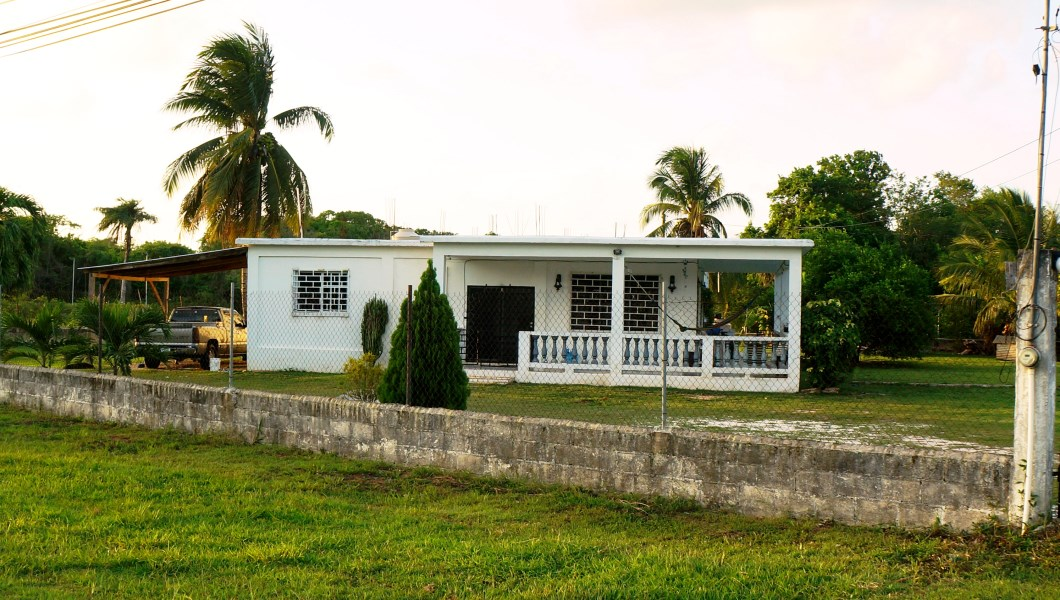RE/MAX real estate, Belize, Corozal Town, LARGE FAMILY HOME WITH SPACIOUS YARD IN COROZAL