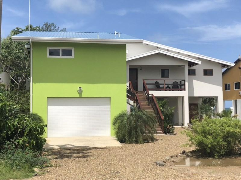 Remax real estate, Belize, Placencia, SEA TO LAGOON FAMILY COMPOUND
