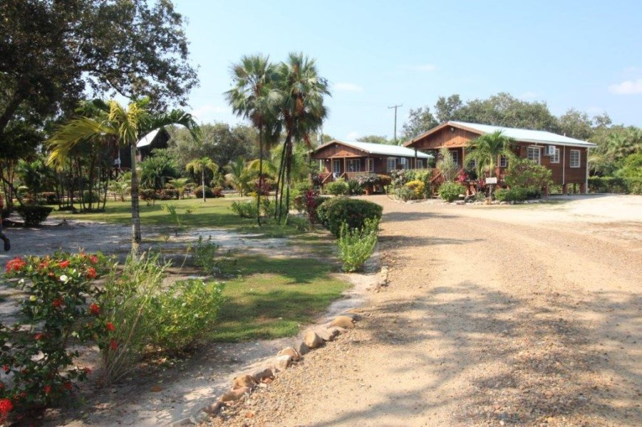 RE/MAX real estate, Belize, Placencia, 4015 - Beach Side resort for Sale