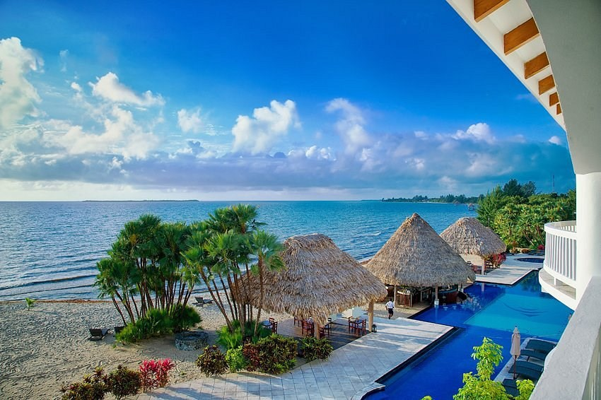 RE/MAX real estate, Belize, Maya Beach, 2 Bedroom Beachfront Condo – Financing Available