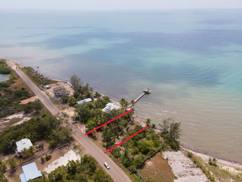 RE/MAX real estate, Belize, Placencia, Beachfront Lot For Sale in Plantation