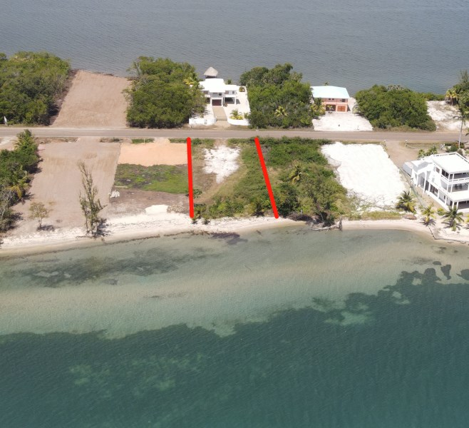 Remax real estate, Belize, Placencia, Beachfront Lot in Plantation