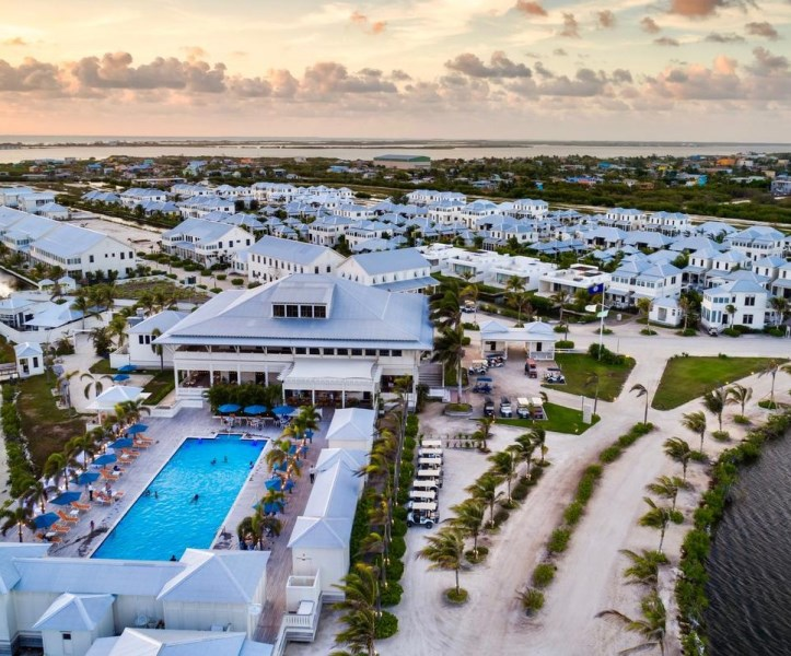 RE/MAX real estate, Belize, San Pedro, Enchanting Keeping Suite
