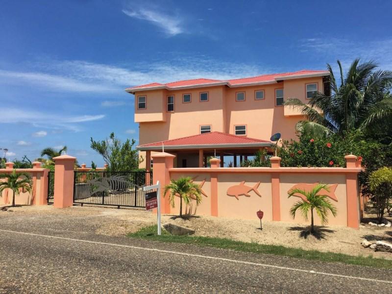 RE/MAX real estate, Belize, Placencia, Beachfront Multi-Dwelling Home in Plantation