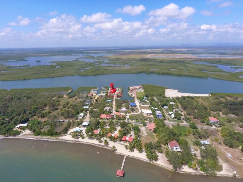 RE/MAX real estate, Belize, Placencia, KOKOMO LOT #22  Sized at:  76' x 131' (9742 sq ft)