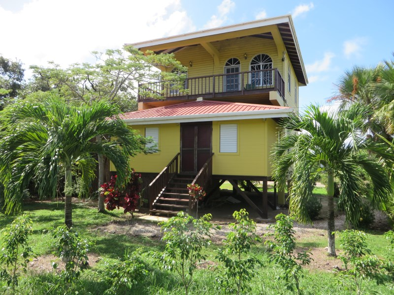 RE/MAX real estate, Belize, Placencia, 3 Apartment Income Generator