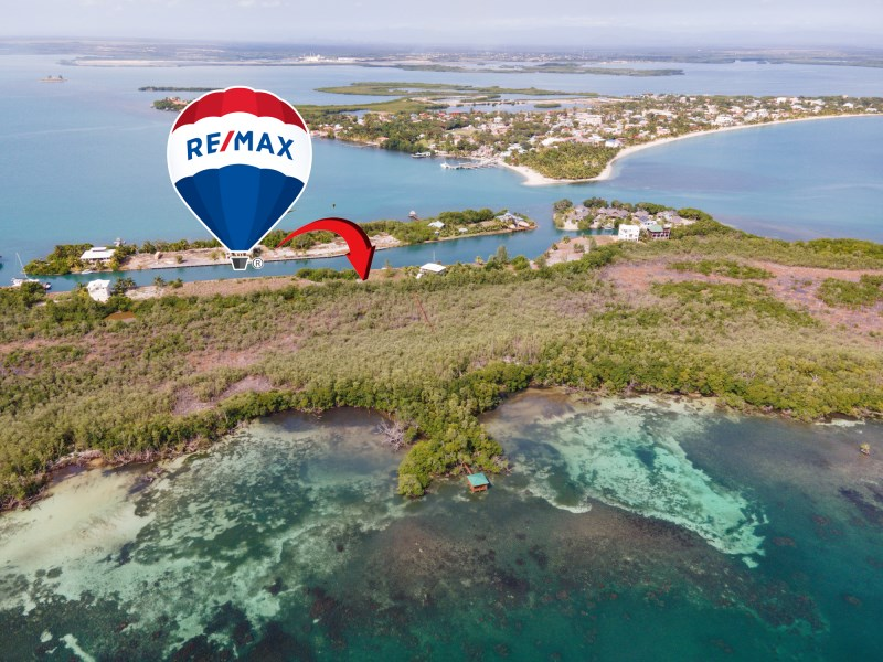 RE/MAX real estate, Belize, Placencia, Placencia Caye Waterfront Lot