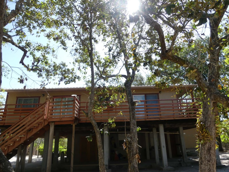 Remax real estate, Belize, Plasencia, H6422 - 4 Bedroom 3 Bath Home with Private Community Beach minutes north of the Placencia Village