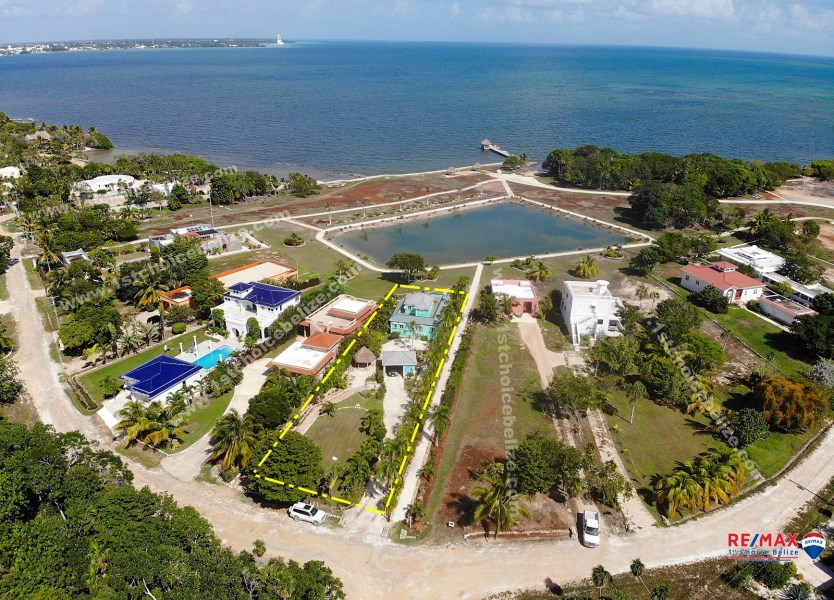 RE/MAX real estate, Belize, Consejo, Waterfront Home - Caribbean Culture & Style on 1/3 Acre at Mayan Seaside Estate, Consejo
