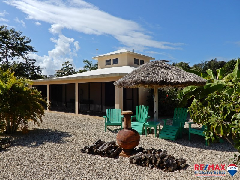RE/MAX real estate, Belize, Corozal Town, SEARCH - SEA - LOVE! MOVE TO WHAT MOVES YOU - TURN KEY SALE  OF BEAUTIFUL SEA VIEW HOME IN COROZAL