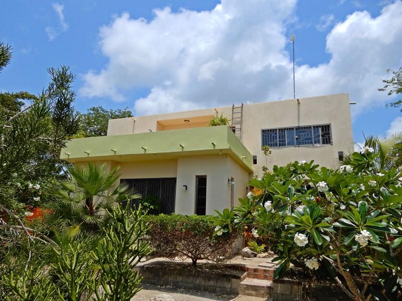 RE/MAX real estate, Belize, Corozal Town, Lagoon Front Villa - Wai Te Mara - Four Mile Lagoon - Corozal
