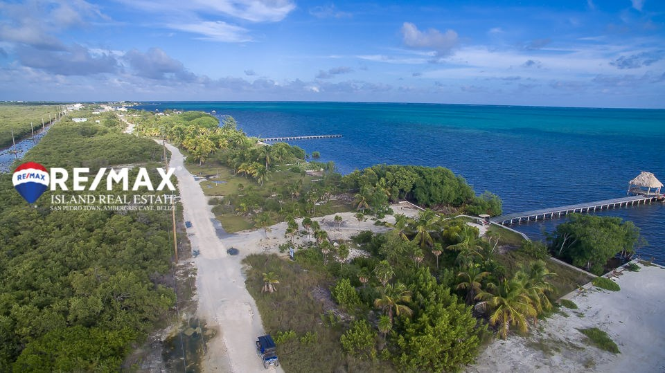 RE/MAX real estate, Belize, Ambergris Caye, Club Caribbean Beachfront in Ambergris Caye