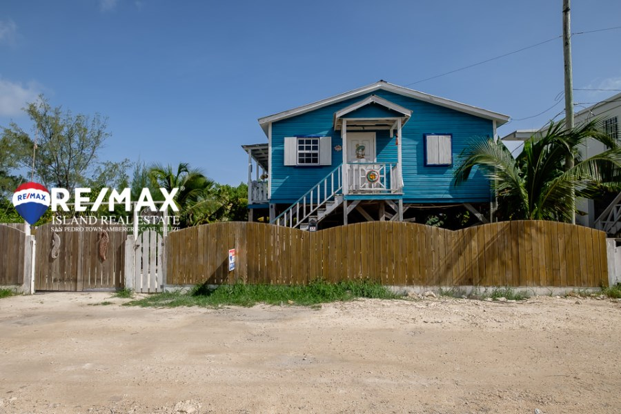 RE/MAX real estate, Belize, San Pedro, Casita Alta Loca