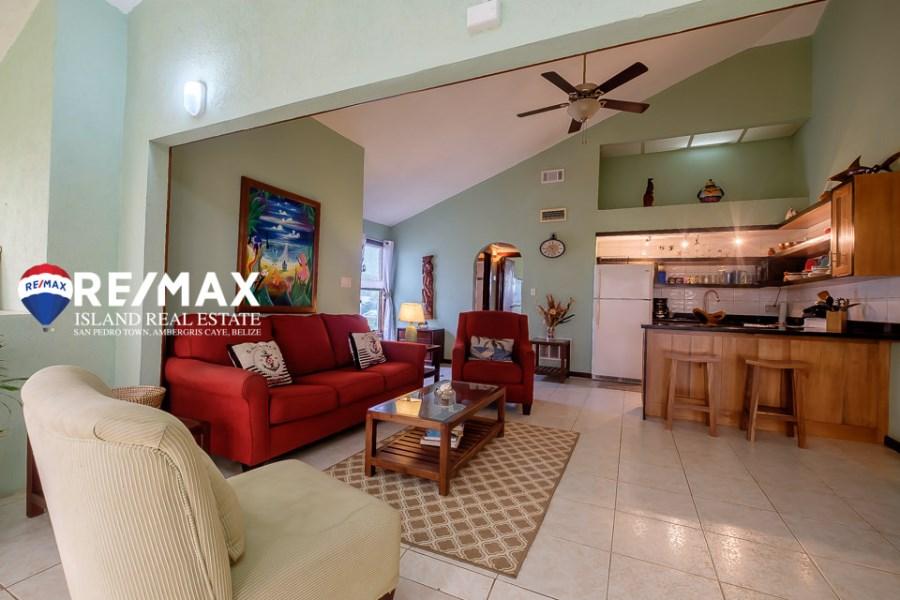 RE/MAX real estate, Belize, Ambergris Caye, Royal Palms Beachfront Condo