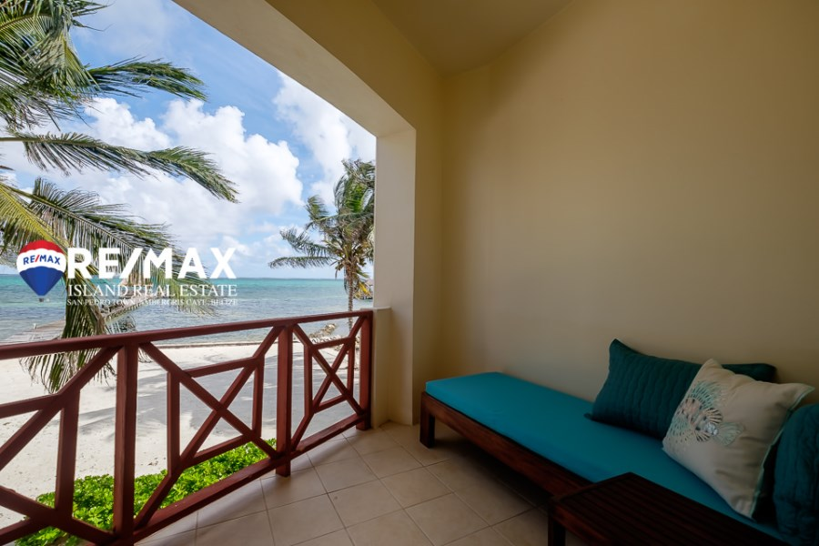 RE/MAX real estate, Belize, Ambergris Caye, Ambergris Caye Beachfront Villa