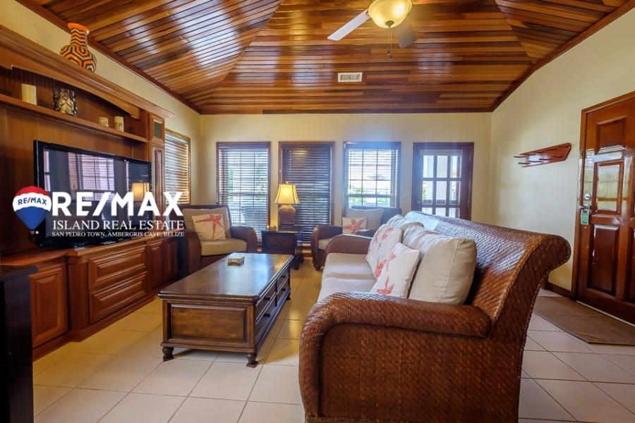 RE/MAX real estate, Belize, Ambergris Caye, The Villas at Banyan Bay