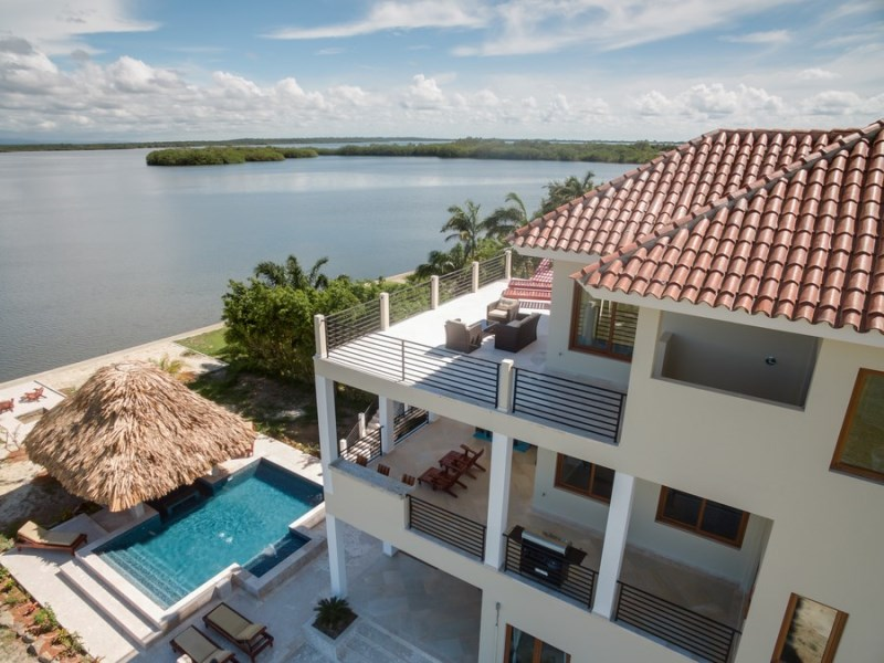 RE/MAX real estate, Belize, Placencia, 8% ROI WITH FRACTIONAL OWNERSHIP