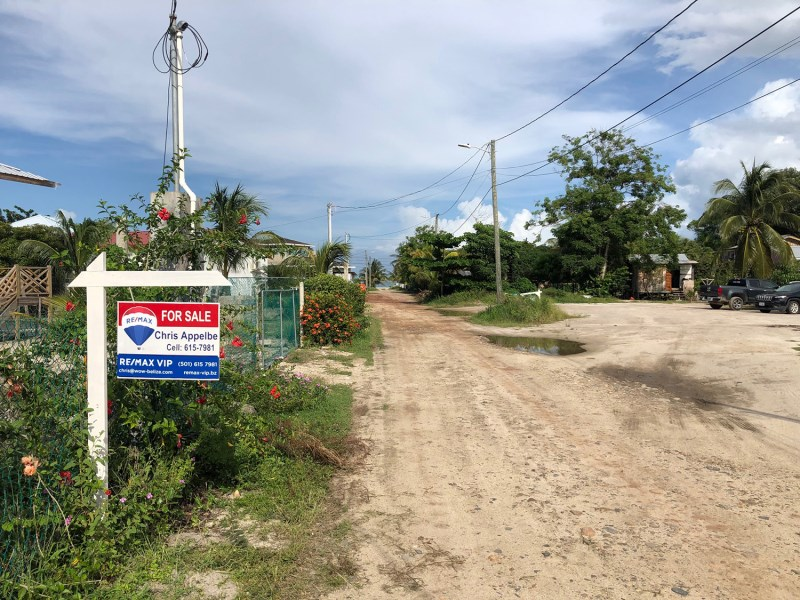 Remax real estate, Belize, Placencia, House Lot in Placencia Village