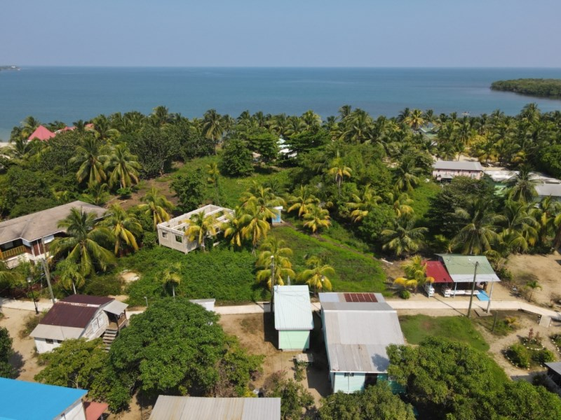 RE/MAX real estate, Belize, Placencia, Half Acre Lot on the Sidewalk in Placencia Village