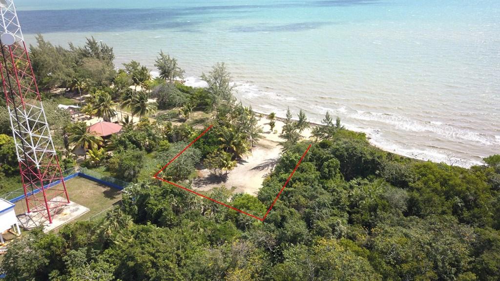 RE/MAX real estate, Belize, Riversdale, Beachview Lot in Riversdale