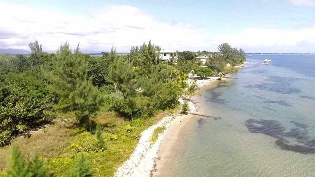 RE/MAX real estate, Belize, Placencia, Large beachfront development lot in Maya Beach