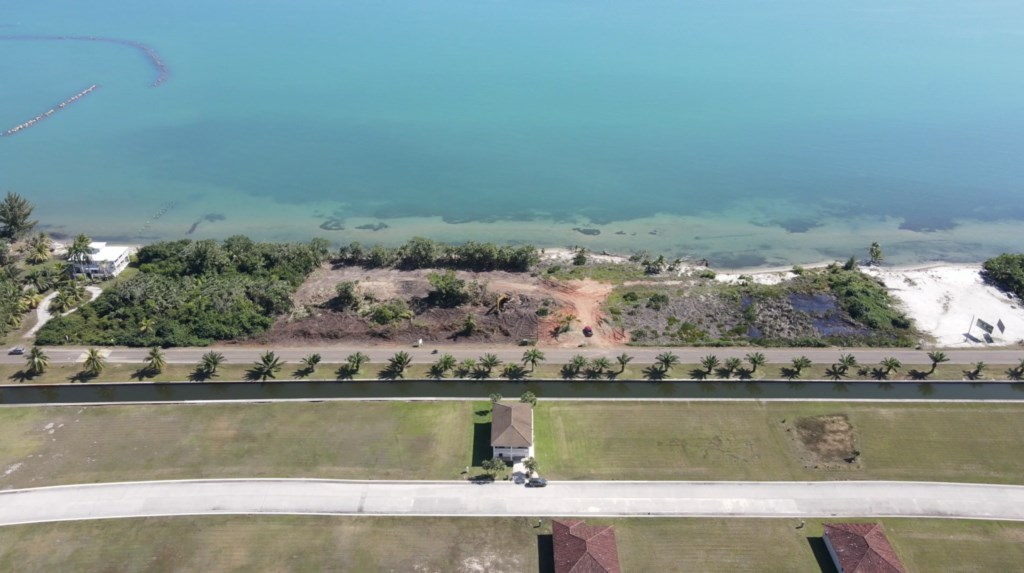 RE/MAX real estate, Belize, Maya Beach, Prime Beachfront Lots Ready to Build On
