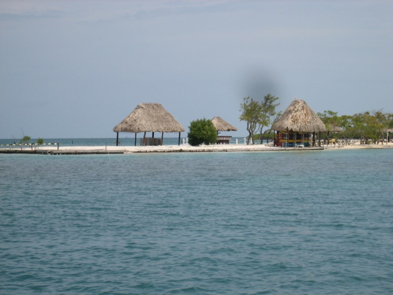 RE/MAX real estate, Belize, Belize City, 28 Acre Private Island with a Lake at Morgan's Caye