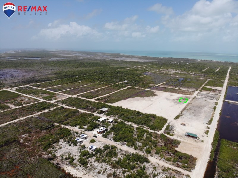 Remax real estate, Belize, San Pedro, Cleared & Filled Lot Near Secret Beach